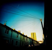 wires_contrail_web