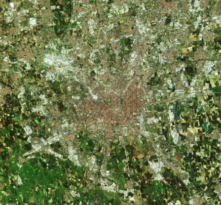 Mediolan sfotografowany przez Sentinela-2A w dniu 27 czerwca 2015, godz. 10:25 UTC / Credit: Copernicus data (2015)/ESA
