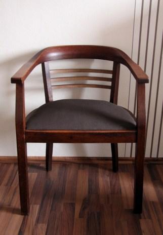 Fertiger Stuhl