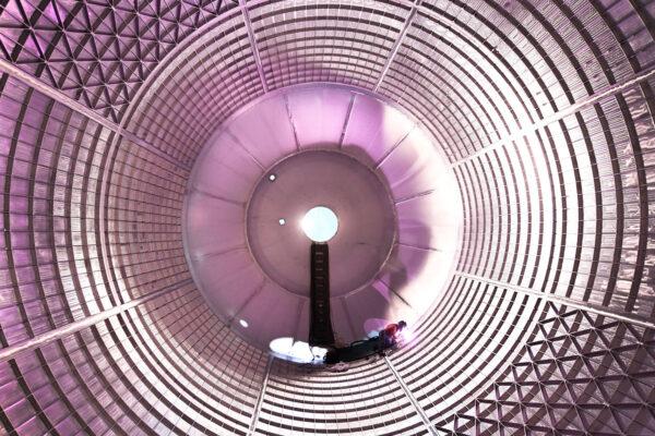 Utěsňování děr uvnitř letové nádrže na kapalný kyslík, 5. září