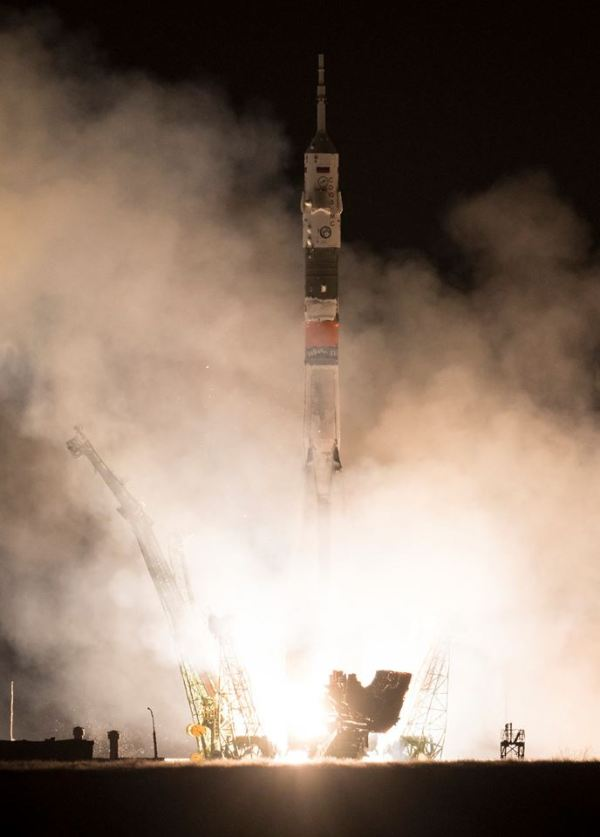 Sojuz FG vynáší Sojuz MS-08