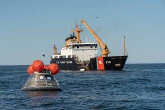 Při akcích asistoval kutr USCGC Cypress (WLB-210)