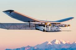 Letadlo Solar Impulse vzduchoplavce Bertranda Piccarda několikrát obletělo svět.
