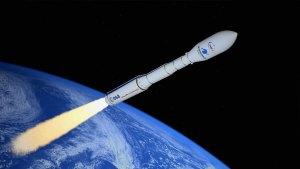 Umělecká představa rakety Vega-C za letu.