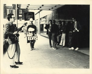 Kosmo Vinyl with Elvis Costello (Hilton Hotel, London) - Unknown
