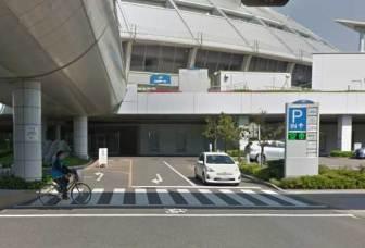 ナゴヤドーム内駐車場の入口