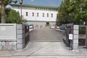徳川美術館専用駐車場の入口
