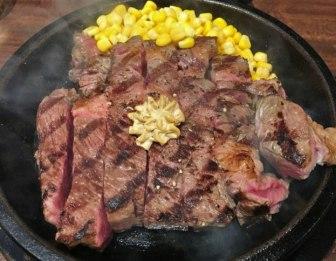 いきなりステーキのステーキ