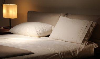 早寝早起きのコツ~暗い部屋