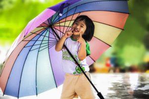 雨の日 傘 スマイル