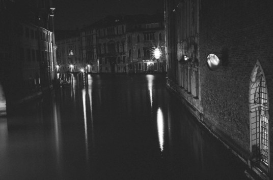 venice-artistadventures-bw (21 of 29)