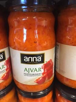 Ajvar mild aus dem Kosovo jetzt in der Schweiz erhältlich