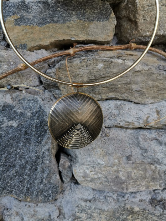 Jewellery set with round necklace