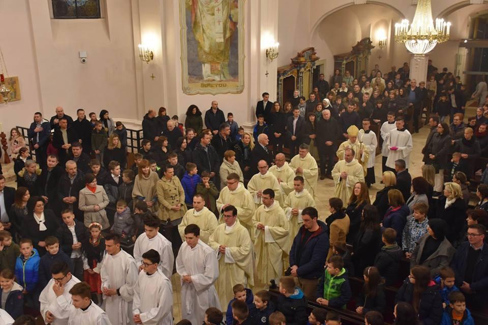 Misom započeli proslavu 10. obljetnice i dana Katoličke osnovne škole