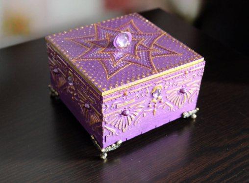 shkatulka-v-vostochnom-stile