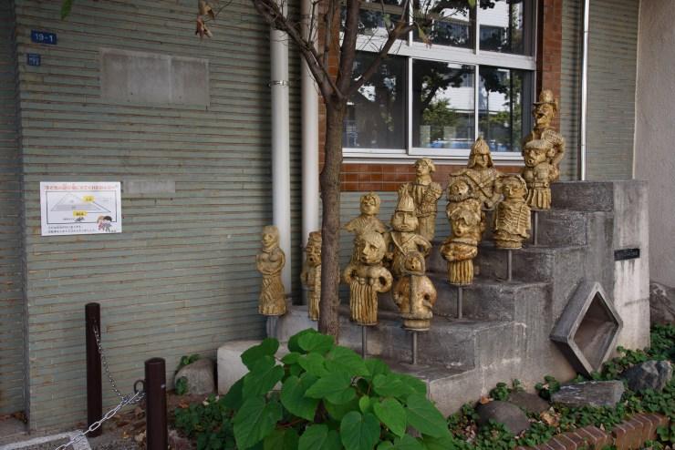 謎の像たち