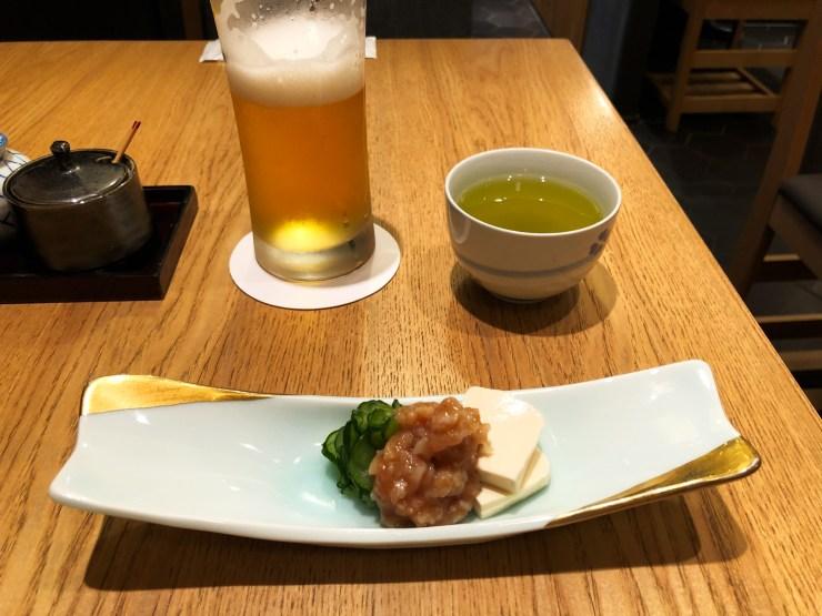 旬の小鉢とビール