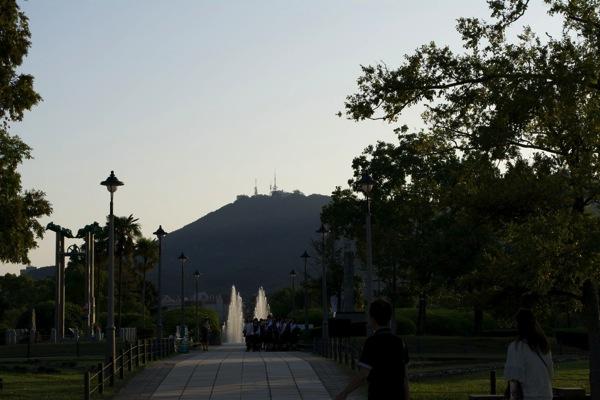 平和公園から望む稲佐山