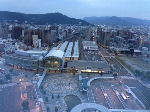 JRホテルクレメント高松から眺めた高松駅