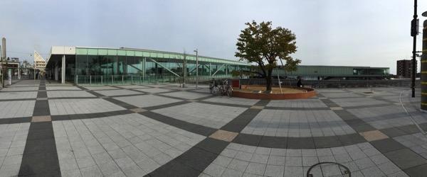 日立駅中央口