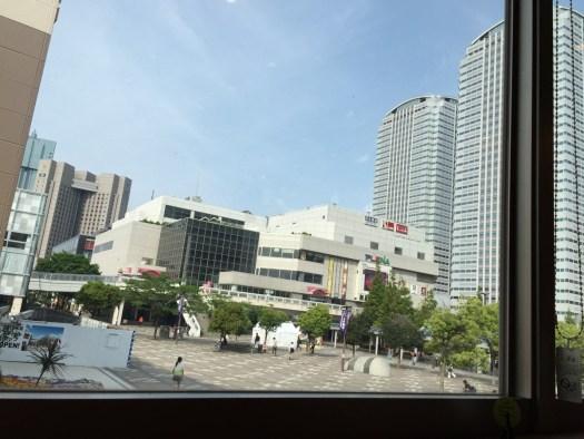 CAFFE SOLARE海浜幕張店窓際