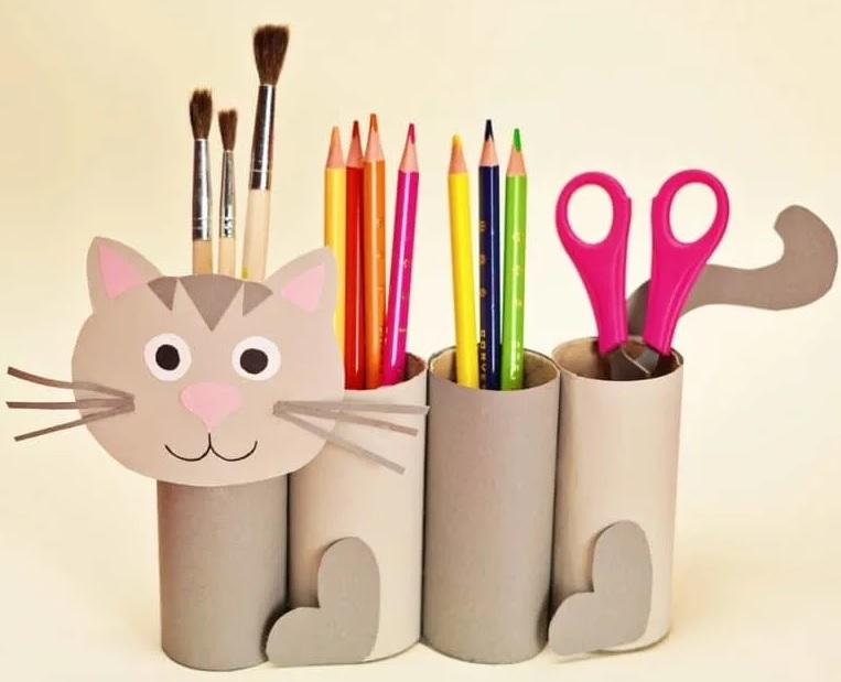 подставка для карандашей кот