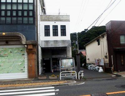 甘縄神社への道