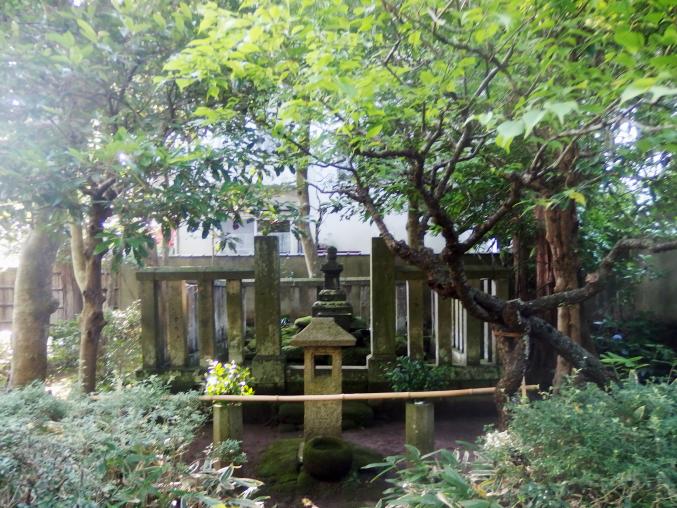 明月院 北条時頼の墓