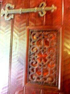 鎌倉文学館の玄関ドア スパニュッシュ(スペイン)風