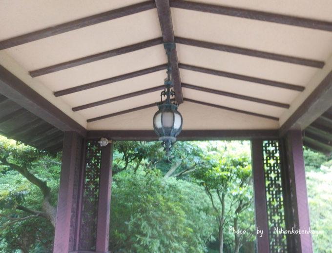 鎌倉文学館の玄関
