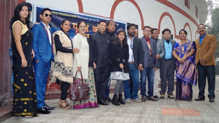 The unit members of Purab Ki Awaz at it's premiere in Delhi