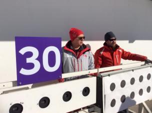 Kurvinen Biathlon Target Systemin toiminnasa Koreassa vastaavat muun muassa Arto Heikura ja Petri Pennanen.