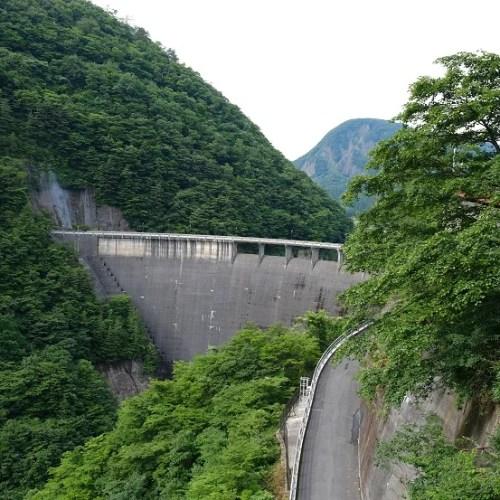 鳴子ダムの7月の写真