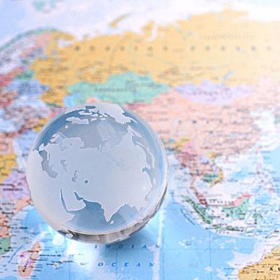 地球と世界地図