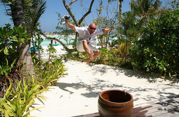 borzilo_maldivy_2010