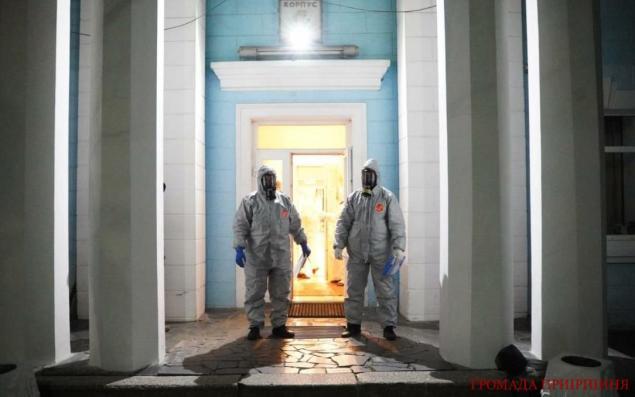 Українці, яких доставили з ОАЄ на карантин до Ворзеля скаржаться на брак грошей