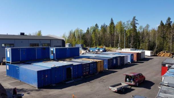 Vuokratiloja Espoossa moneen tarpeeseen. Työtilaa, varatoja, harrastetiloja ja bändikämppiä