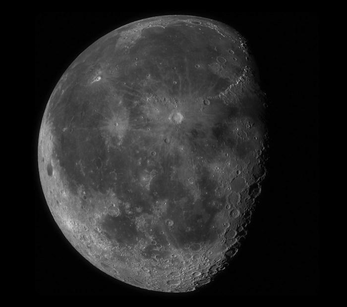 100-megapixel-moon
