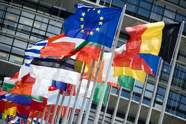 Lagarde: H οικονομία της Ευρωζώνης επιβραδύνει- Δύσκολος ο Νοέμβριος