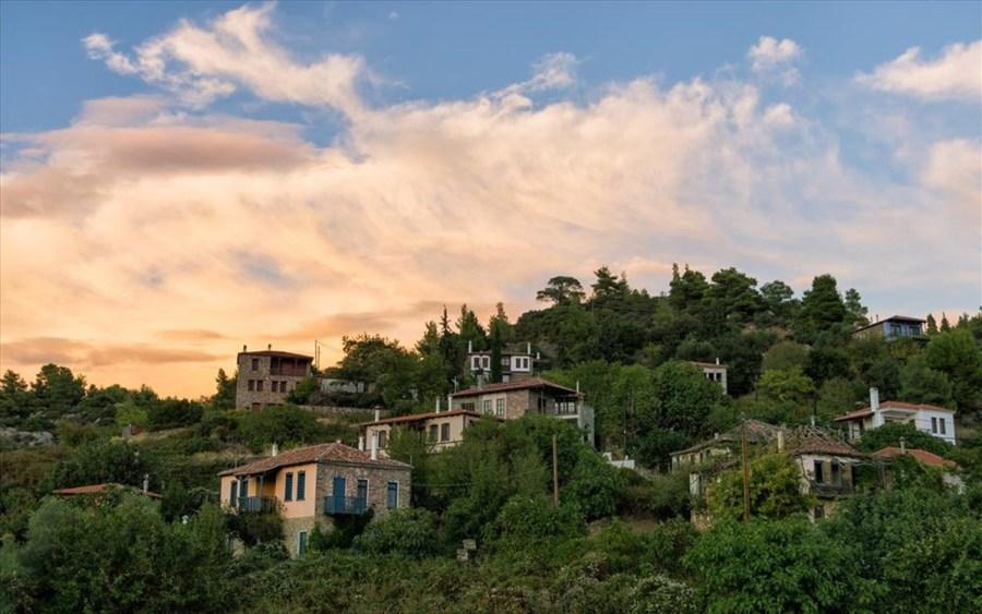 Πέντε όμορφα χωριά της Ελλάδας μας συστήνονται
