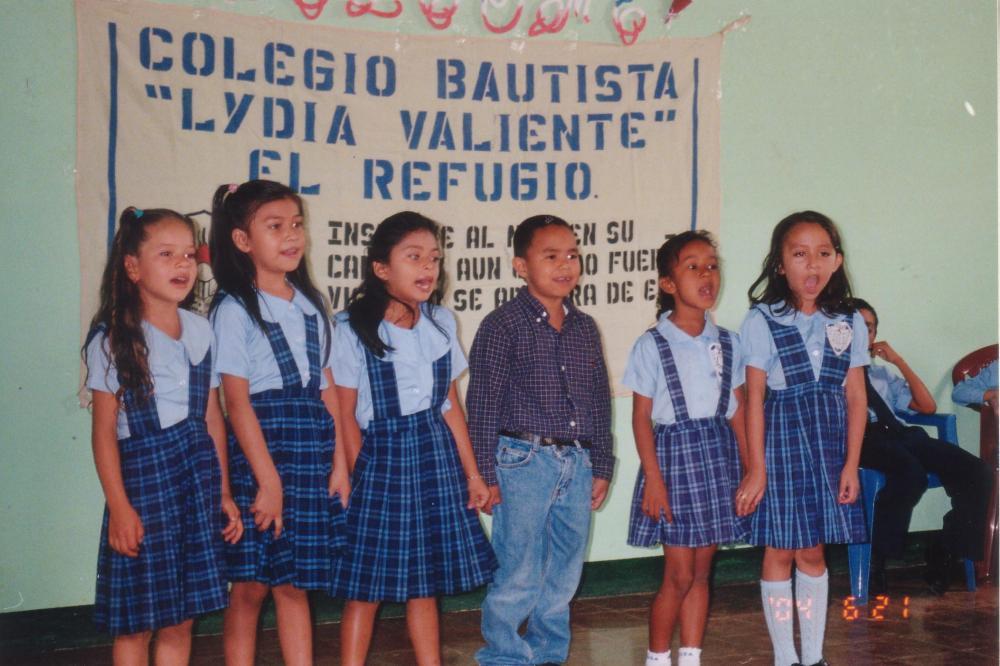 In Memorium: Colegio Bautista Lidia Valiente de El Refugio, Ahuachapán (4/6)