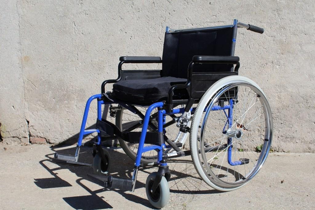 wheelchair-682989_1280