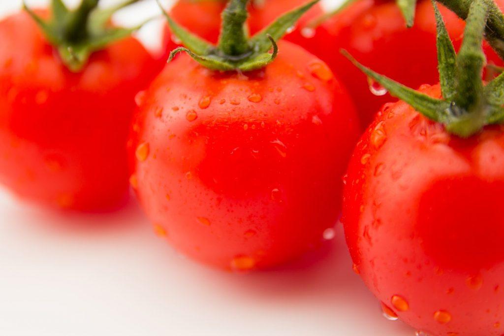トマトの漢字は赤茄子