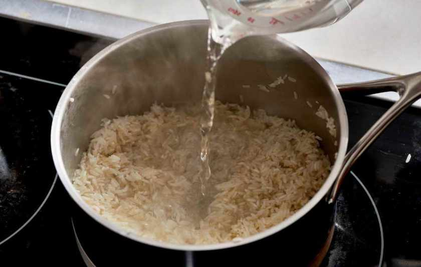 how to cook rice stovetop