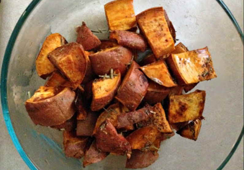 how to cook sweet potatoes in microwave