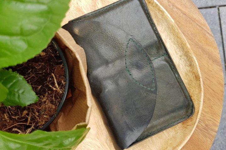 Duurzame portemonnee van ecoleer