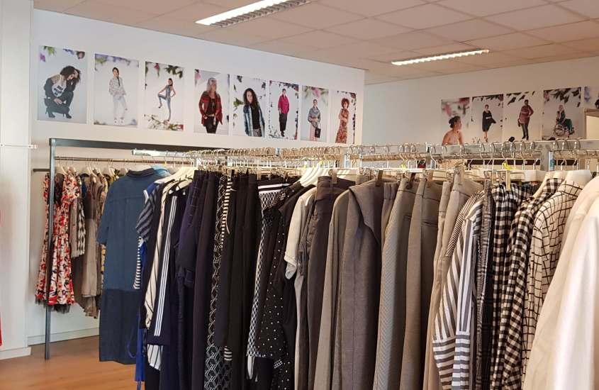 Kleding lenen bij Outfit Library LESS in Arnhem