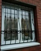 reshetka na okno 1 — Художественная ковка, металлические лестницы и мебель