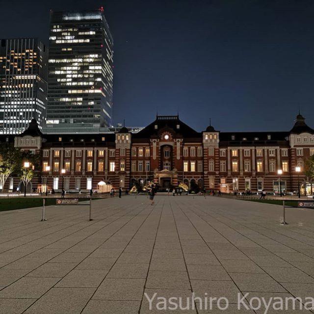 東京駅はもうちょっとライトアップしてもいいんじゃ…