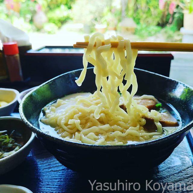 沖縄そばを食べてみる。